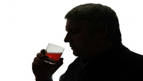 العلماء يحددون أصحاب المهن الأكثر استهلاكا للكحول